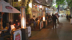 A nightlife patio bar scene in downtown Auckland Stock Footage