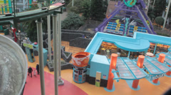 Tilt shot of second floor of Nickelodeon Universe in Mall of America Stock Footage