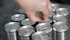 Open a softdrink Stock Footage