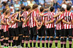Athletic Club Bilbao team in silence minute Stock Photos