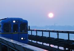 Metro,underground train Kuvituskuvat
