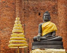 Buddha statue in ruins of the temple. ayuthaya, thailand Stock Photos