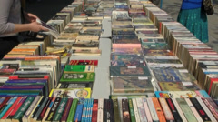 London Southbank Book Market Stock Footage