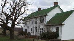 1170 Old Farm House with Trees Stock Footage