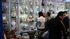 Chinese porcelain in trade fairs Stock Footage
