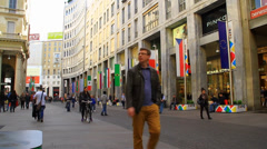 Milan corso vittorio emanuele Stock Footage