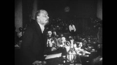 1919 - 1938 Lenin 03 - Political speech in a saloon with people Stock Footage