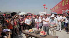 Tradition ritual  before traditional dragon boat race ,china. Stock Footage