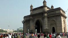 India Maharashtra District Mumbai 031 landmark gateway of india Stock Footage
