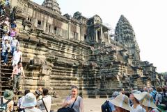 Tourists at angkor wat, cambodia Stock Photos
