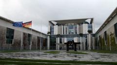 Bundeskanzleramt in berlin Stock Footage