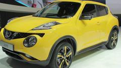 Nissan juke general plan Stock Footage