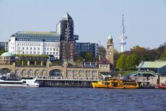 Hamburg - st. pauli gangplanks and river elbe Stock Photos