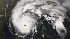 Hurricane making landfall Stock Footage