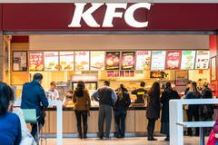 People Buying Kentucky Fried Chicken Kuvituskuvat