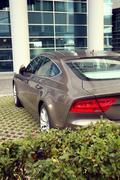 Luxury of car and office facade Kuvituskuvat