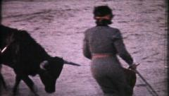 1076 - female matador fights & kills bull in Mexico - vintage film home movie Stock Footage