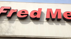 Fred Meyer Logo Above One Of Their Stores Stock Footage