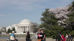 Washington dc jefferson tourists Stock Footage