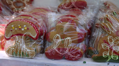 Homemade gingerbread figurines pan, sweets, street vendors Stock Footage