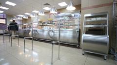 Ihmiset ruokasali Liikekeskus Smirnovsky Arkistovideo