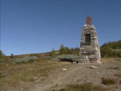 Dovrefjell mountain plateau + pan monument Hjerkinn -1814 constitution Norway Stock Footage