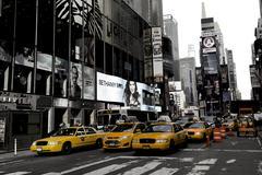 New York, Broadway and yellow cabs Kuvituskuvat