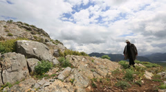 Hiker controled digital gps (map) Stock Footage