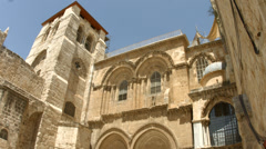 4K UHD Pilgrims in Jerusalem visit the Church of the Holy Sepulchre Stock Footage