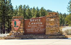 bryce canyon entrance sign. bryce canyon national park, utah, united states. - stock photo