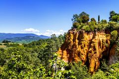 Ochre cliffs near roussillon, provence, france Stock Photos