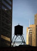 Vesisäiliö päälle rakennuksen, Chicago, Cook County, Illinois, USA Kuvituskuvat