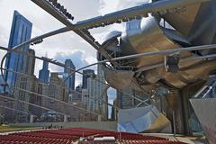 Jay pritzker pavilion in chicago millennium park - chicago downtown. architec Stock Photos