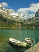 Boats on lake o'hara, yoho national park, canada Stock Photos