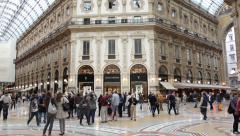 Milan: Galleria Vittorio Emanuele II Stock Footage