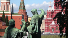 Monument to Minin and Pozharsky on Red Square in Moscow. Stock Footage