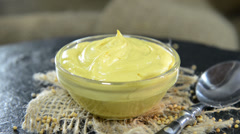 Mustard (loopable video) Stock Footage