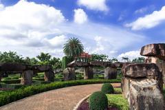 View to Wat from Stonehenge. Kuvituskuvat