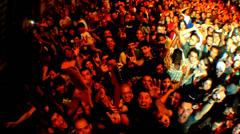 Konsertti väkijoukko Etelä-Amerikassa 1 Arkistovideo