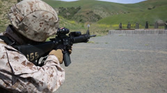 Combat Engineers Refresh combat rifle drills Stock Footage