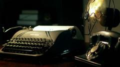 Film noir kirjoituskone 4k Arkistovideo