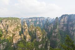 Zhangjiajie kansallispuisto Hunanin maakunnassa Kiinassa Kuvituskuvat