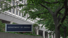 Zoom out, Department of Energy Headquarters, 4k Stock Footage