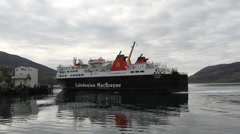 Calmac ferry MV Isle of Lewis arriving Ullapool Stock Footage