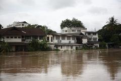 Tulvii on chiangmai Ctiy 28 syyskuu 2011 vuonna nonghoi, Muang, Chiangmai, Kuvituskuvat