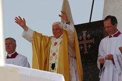 Pope Benedict XVI greets the crowd at the Mount of Precipice, Nazareth Stock Photos
