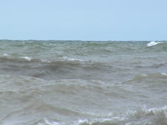 Rough seas; turbulant water with spashes Stock Footage