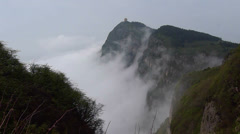 Beautiful Chinese pagoda and cloudy sea on Emei mountain. Stock Footage