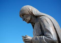 Statue of mother teresa in struga , macedonia  Stock Photos