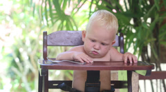 2014 05 25 2567 baby take spoon not right Stock Footage